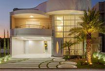 Fachadas de Casas | House Facades / Veja muito mais fotos, dicas e informações técnicas de cada FACHADA no blog Decor Salteado! É só clicar nas imagens! ; - )