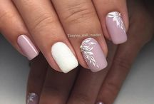 Καλοκαιρινά νύχια