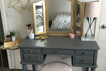 Old Makeup Table Ideas