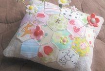 Pin cushies