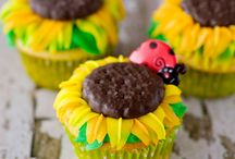 Good Eats : Cupcakes / by Bea Witched