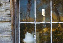 """Belles Fenêtres / """"Quand les larmes coulent, le coeur se met à la fenêtre."""" René-Jean Cot"""