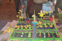 fabulous food / amazing cake