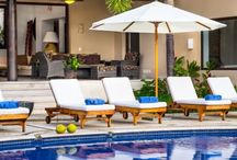 Casa Joya Del Mar | Amenities / Casa Joya Del Mar has so many fabulous amenities and services that you will not need to leave. Our villa staff is here to cater to your every need. Are you ready to be pampered?