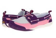 Kids Merrell / Merrell Outdoor footwear for kids is rugged and athletic. They are perfect for any adventure outside where kids feet need protection, support and wearability.