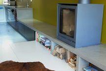 Tafels en banken in Terrazzo en Beton / Marcolina maakt Terrazzo en Betonnen producten op maat. Veel voorkomende producten zijn:  Aanrechtbladen – Keukenbladen –  Wastafels – Spoelbakken – Vensterbanken – Banken en Krukjes – Schaak- en Damtafels – Buitentafels – Buitenkeukens – Bloembakken – Haardplaten – Grafmonumenten – Sierbeton - Kunstobjecten.