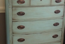 Furniture and Woodworking Projects / by Nancy Mangan