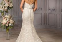 Boho Wedding Inspo / For our hopeful wanderers, carefree, & loving Brides!