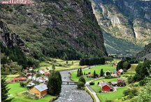 Flamsbana: railway in Norway / Ferrovia in Norvegia / Some pictures from one of the most scenic railway of the world, that links Flam village with the station of Myrdal. Bueautiful waterfalls and green valleys. All photos @ http://bit.ly/xGNmuU