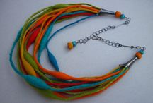 Felted jewellry / Multicoloured necklace