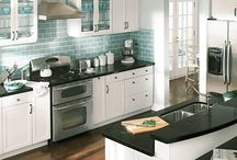 Kitchen / by Erica Shule