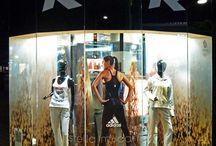Personalidad de las marcas / La creatividad, el diseño y la personalidad de la marca hacen parte fundamental para una vitrina de un almacen. Aquí varios ejemplos.