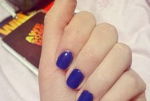 Nails / Natural dark blue nails