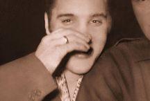 Elvis / by Franco Peters
