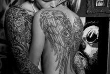 Cherity / Egelsflügel tattoo und Arm Tattoo Mann