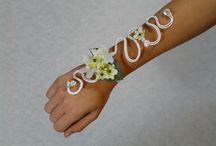 Polsboeket / trouwplannen? Kijk voor meer inspiratie eens op www.bruidsboeket.nl