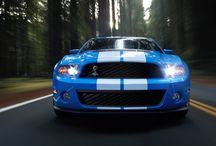 Ford Mustang / 1964'den bu yana filmlerde, dizilerde karşımıza çıkan efsanevi mustang 2015 yılı yeni kasası ile karşımızda. Ford artık kendisi bir marka olmuş Mustang'i Türkiye'de de satışa sundu.