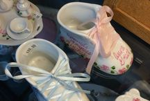 Baby and Toddler Gifts / Thoughtful gifts that are timeless in nature. Special things to celebrate baby's arrival.