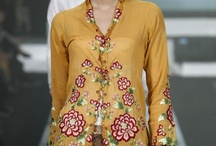 Kebaya and Batik / Indonesia traditional dress. Love it !! Love it !! Love it !!