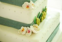 Maui Wedding Cakes by SBE / Sugar Beach Events creates custom cakes, cupcakes, and delicious desserts for your Maui wedding or special Maui event.