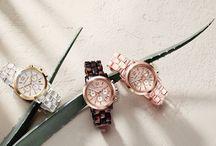 Đồng Hồ Đeo Tay - Tôn Vinh Giá Trị Của Bạn / Đồng hồ đeo tay là một công cụ, phụ kiện đang gắn bó mật thiết trong đời sống xã hội với con người. Có thể xem đây là người bạn đồng hành trong hành trình hoàn thiện hình ảnh bản thân   với những khái niệm về thời gian.