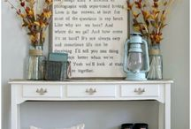 Table Decor / Decor ideas for entrance tables, side tables, center tables and more. Decorating with florals, books and candles.