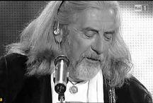 Shel Shapiro canta con i Rokes dopo più di 40 anni
