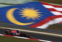 2016 MALAYSIAN GRAND PRIX / Daniil Kvyat, Carlos Sainz, track action, garage, team, pitlane... enjoy the best shots from our #F1 2016 Malaysian Grand Prix. Full Galleries on http://win.gs/str_galleries . Wallpaper download section on http://win.gs/str_download. #F1 #tororosso #kvyat #sainz #redbull #MalaysiaGP