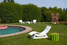 Mobilier de jardin design / Retrouvez nos nouveautés en meubles de jardin haut de gamme. Il inclut chaise, table, fauteuil, banc et transat de jardin pour des moments d'extrême confort dans le jardin ou sur la terrasse.