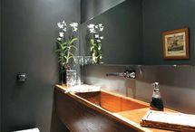 Banheiros  lavabos e nichos
