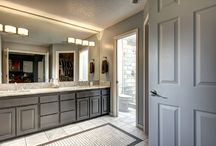 Master Bathroom Remodel / We updated this master bathroom in West Linn Oregon with some fantastic looking marble.