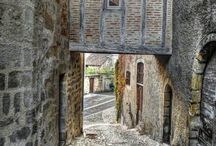 medeltida byggnader