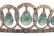 Tiara Tuesday / Fabulous new tiaras every week to bring some bling to your Tuesday.