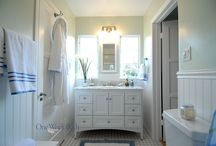 Bathroom Design 3 / Our bright, compact, traditional white beach cottage bathroom.