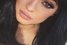 Kylie Jenner Make & Up