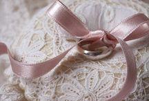 Gyűrűpárnák/Ring pillow / Csipkés, szatén, habos-babos gyűrűpárnák #esküvő #gyűrűpárna #wedding #ringpillow