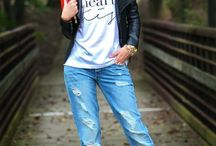 Boyfriend/ torn jeans must have / ......My kinda style..#musthave #ilovejeans #bluejeans