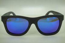 Black Bamboo ice blue talla small / Gafas polarizadas de madera de bambú oscura con lente espejada color ice blue. Hazlas únicas personalizándolas con tu mensaje exclusivo www.soniapew.es