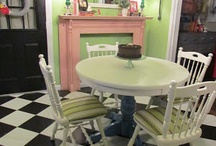 Painted Furniture / by Brooke Stauffer