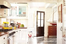 Kitchens / by Kat Hertzler