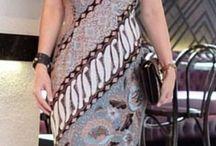 kreasi batik dgn brokat