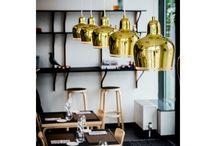 Artek / Scandinavisch, duurzaam en modern: dat is designlabel Artek. Het uitgangspunt van dit designlabel? Moderne kunst terug laten komen in de productie van functionele, doordachte meubelstukken.