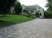 Driveways / Beautifully designed driveways make a welcoming entrance to your home.
