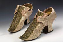 Shoes / Shoes, shoes, shoes, shoes, sandals, pumps, slippers, sandals, boots, ankle boots, ballet flats, loafers - obuv, boty, botky, polobotky, sandálky, lodičky, pantofle, žabky,kozačky, kotníčkové boty, baleríny, mokasíny heel, sole, back strap, toe, heel counter, liner, outsole, buckle. leather. skin - podpatek, podešev, zadní pásek, tužinka, opatek, parník, podrážka, spona. useň. kůže.