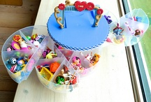 Lalaloopsy Doll Storage Ideas / Creative ideas of storing Lalaloopsy dolls.