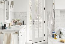 Bathroom Bliss / by Laura Hilliard