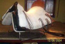 GUARNICIONERIA - / Articulos de guarnicioneria fabricados en España, monturas, cabezadas, enganches y todo para el caballo