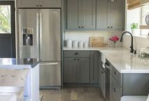 Kitchens / Browse a selection of beautiful and classic kitchen styles.