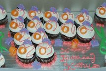 Cupcakes / I will place all work done on cupcakes here. / by Frances Gill