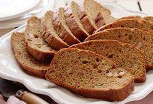 Zucchini bread / by Linda Grettano